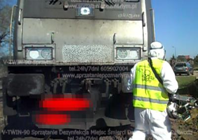 Czyszczenie sprzątanie pociągu po wypadku potraceniu usuwanie szczątkó ludzkich v-twin-90 paliwoda dariusz justyna